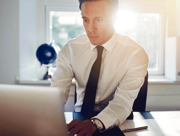 Empreendedor procurando técnicas