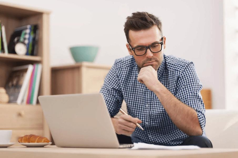 Empreendedor querendo saber como é feito o processo de encerramento de empresa