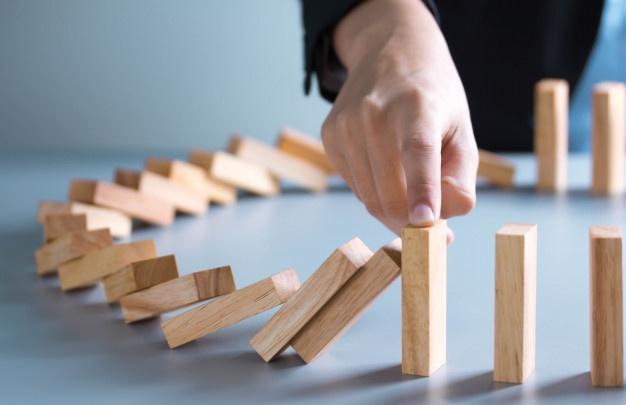 https://4maos.com.br/wp-content/uploads/2020/05/gestão-de-crise-em-pequenos-negócios-4maos-6.jpg.jpg