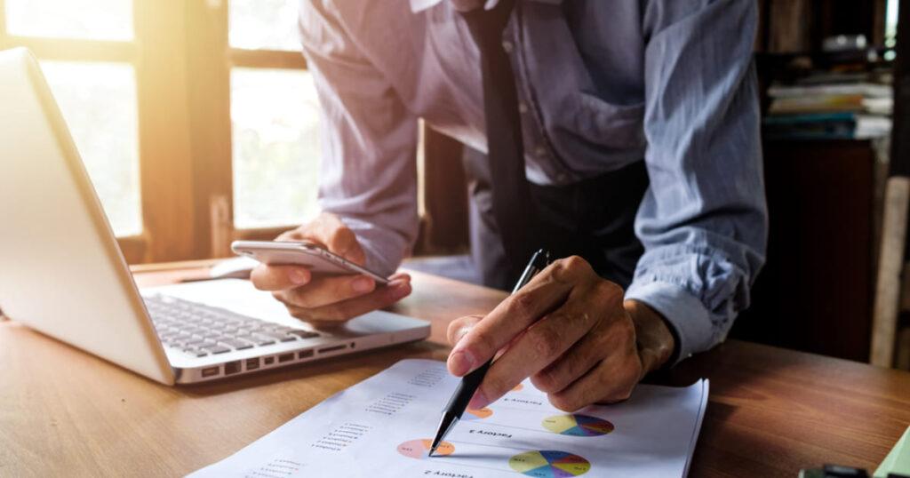 Empreendedor que implantou uma plataforma de consultoria online em sua empresa