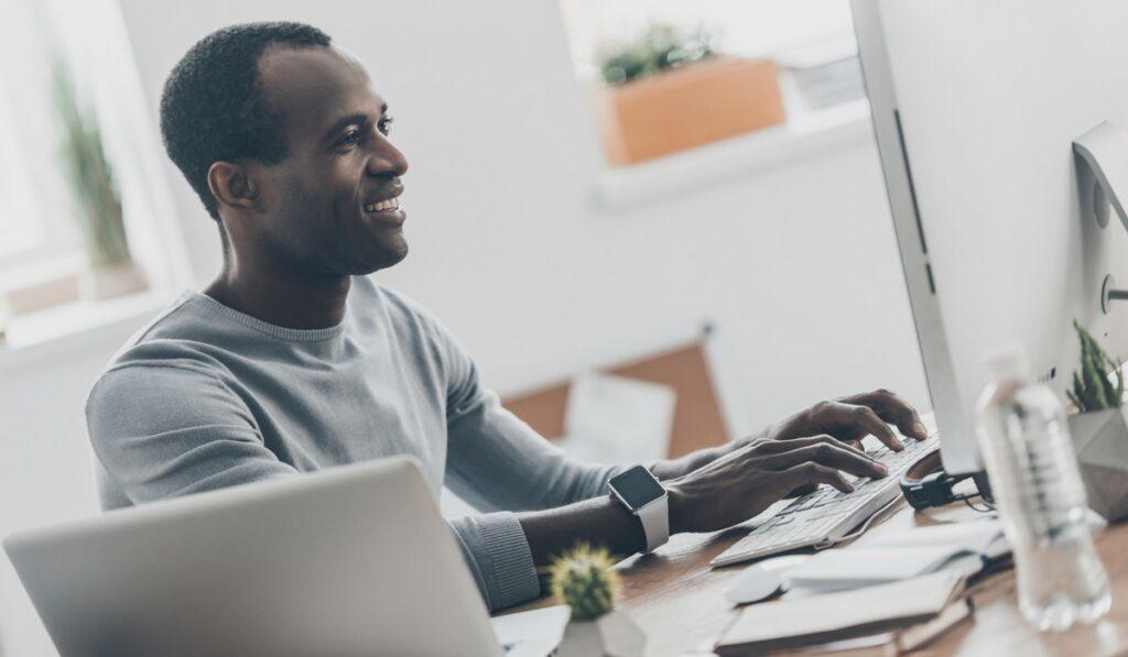 O que precisa para abrir uma empresa: tire sua ideia do papel agora